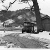 国鉄バス阿納尻停留所付近(地蔵堂と一本松)雪景色